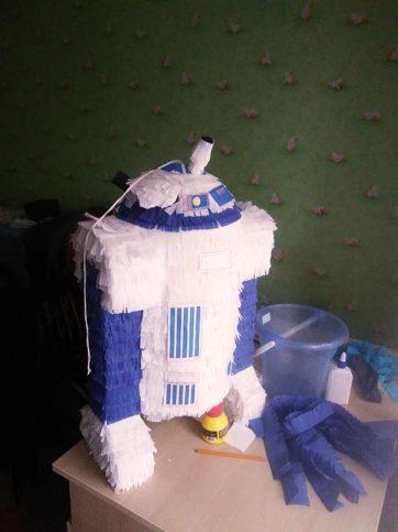 Пиньята робот R2-D2 купить