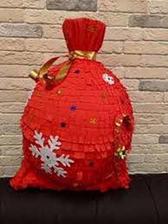 Пиньята мешок с подарками